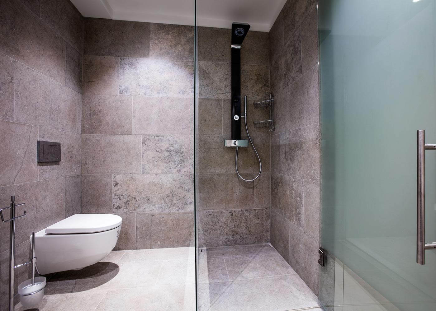 wetroom-installations